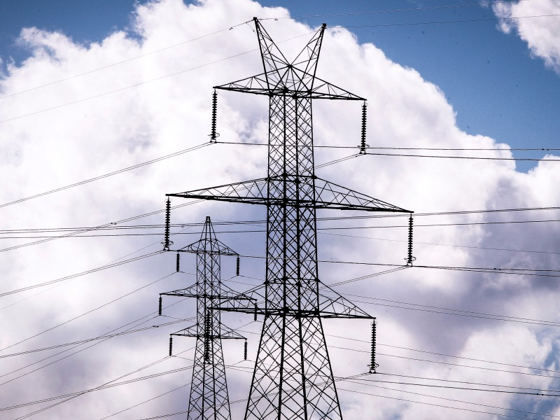 SEE Electricity Market Analysis Celebrates One Year of Publication